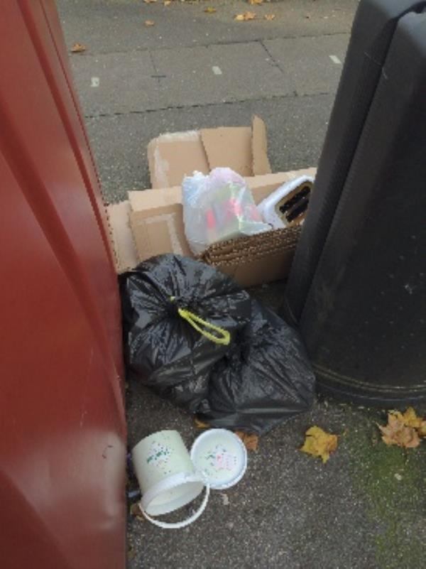 more dumped rubbish-2 Baker Street, Reading, RG1 7XT