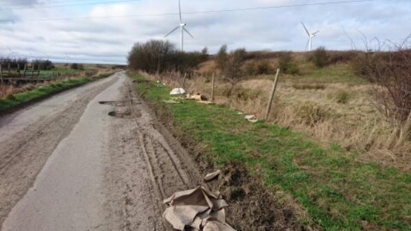 fly-tipping.-M56, Frodsham WA6, UK
