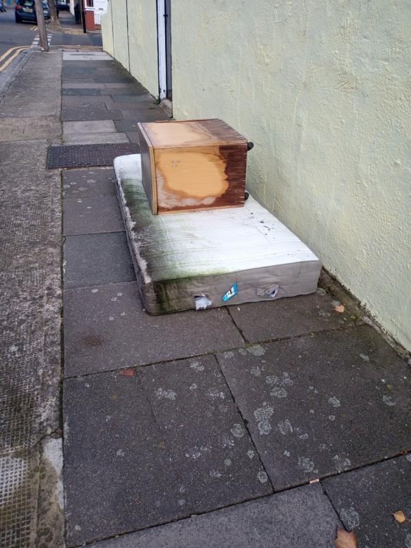 Another batch of no-fee commercial waste for us council tax payers to fork out for. Cheers Newham. Still no cameras?-84 Eustace Rd, London E6 3ND, UK