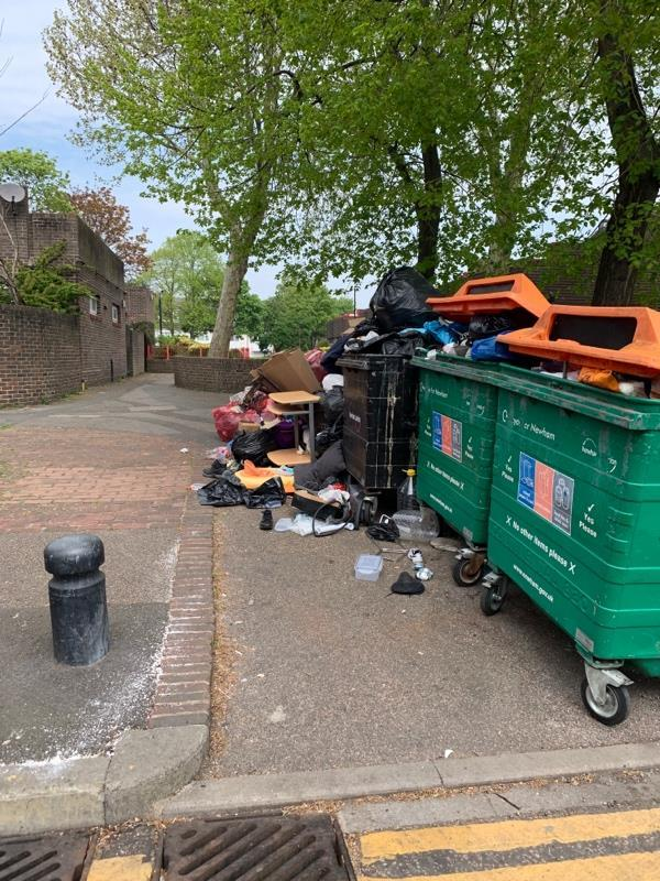 Fly tipping-88 Baxter Rd, London E16 3HD, UK