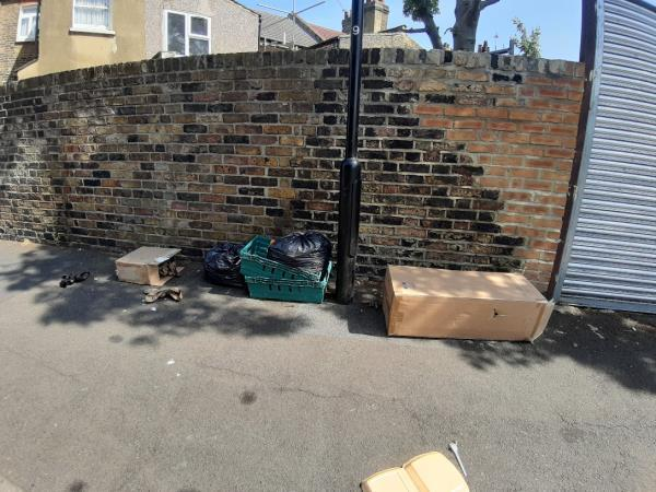 cardboard boxes and shelves/trays-21 Grangewood Street, London, E6 1EZ