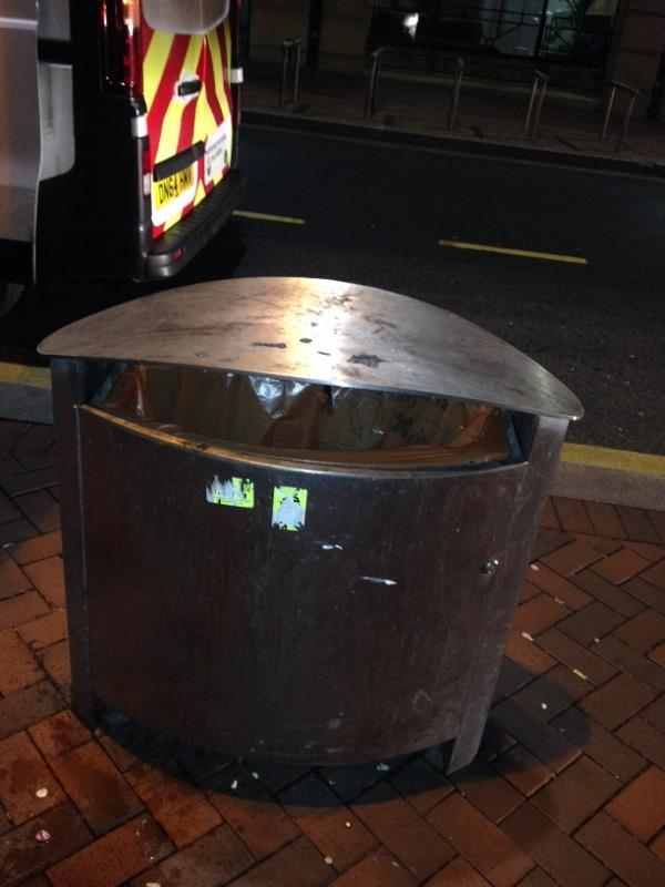 Wash bin-Town Hall Blagrave Street, Reading, RG1 1QH