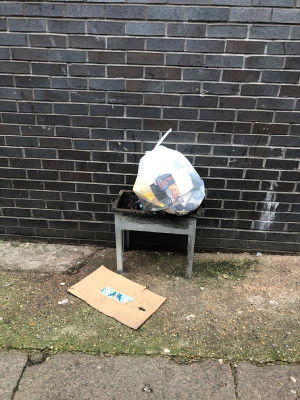 Dumped bbq-296 Kingsland Road, London, E8 4DG