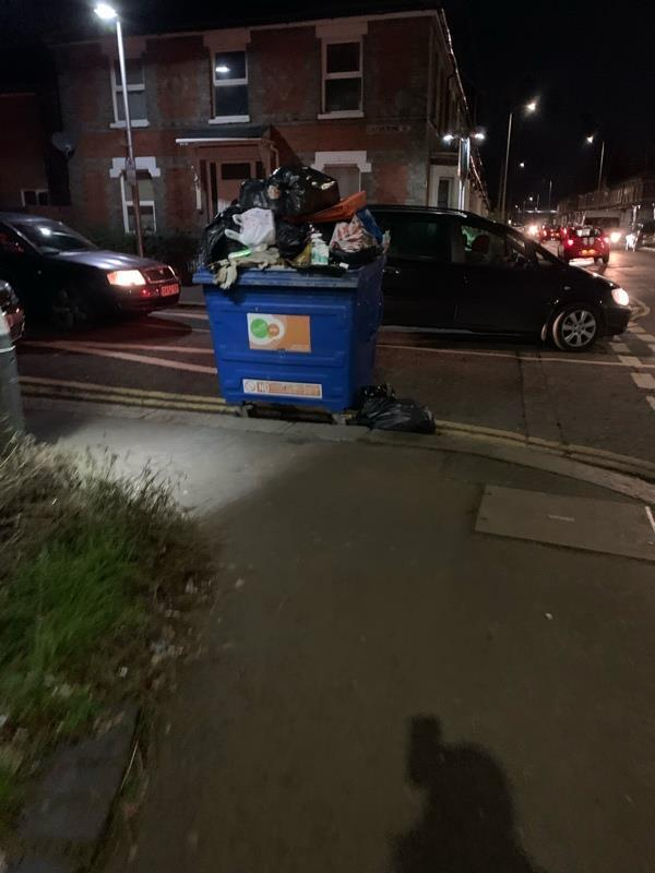 Grundon and rubbish on corner of street -10a Beresford Road, Reading, RG30 1DD