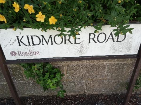 Dirty street nameplate -59 Kidmore Road, Reading, RG4 7LZ