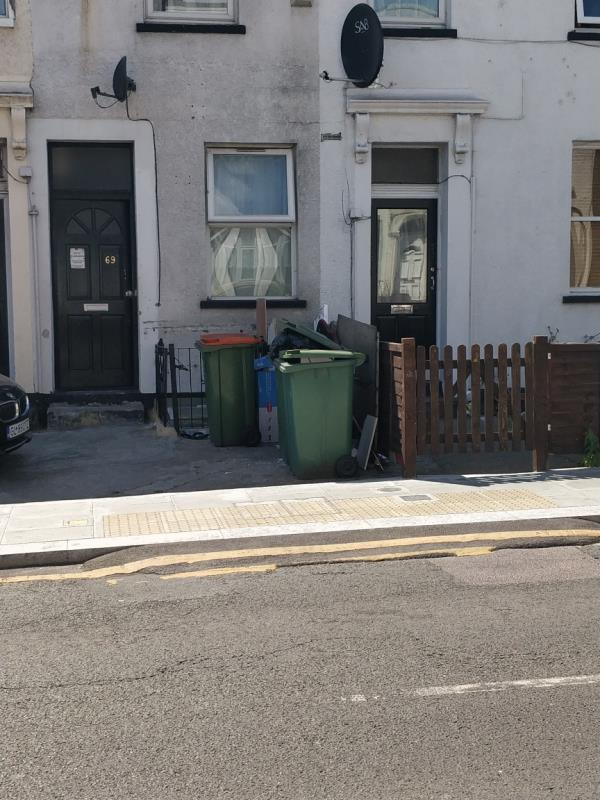 Flytipping in front of 69 Water Lane E15-69 Water Ln, London E15 4NL, UK