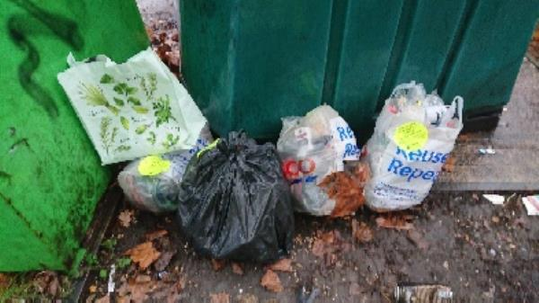 House old waste removed fly tipping. has been investigated -94 Cranbury Rd, Reading RG30 2TA, UK