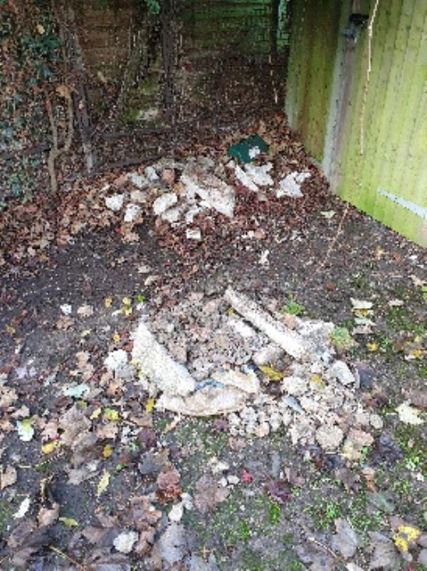 flytipped rubble at the end of Hastings close-1 Hastings Close, Reading, RG30 3HZ