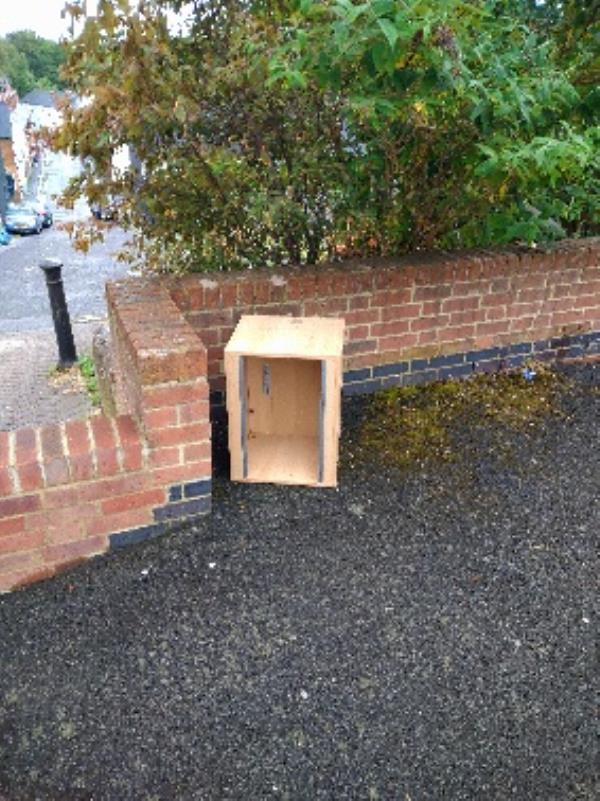 Flytipped cabinet plus a few items behind the wall. No evidence /taken -16 Dover St, Reading RG1 6AX, UK