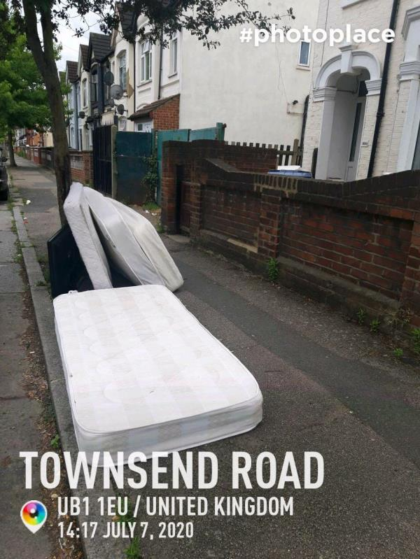 Dumped mattress and tv-111 Townsend Road, London, UB1 1HE