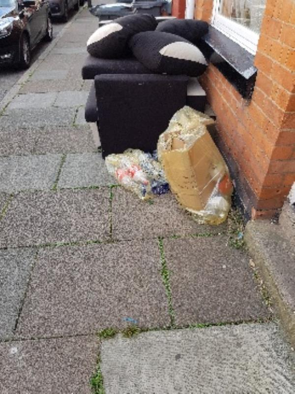 40 warwick st. illegal flytip-42 Warwick Street, Leicester, LE3 5SD