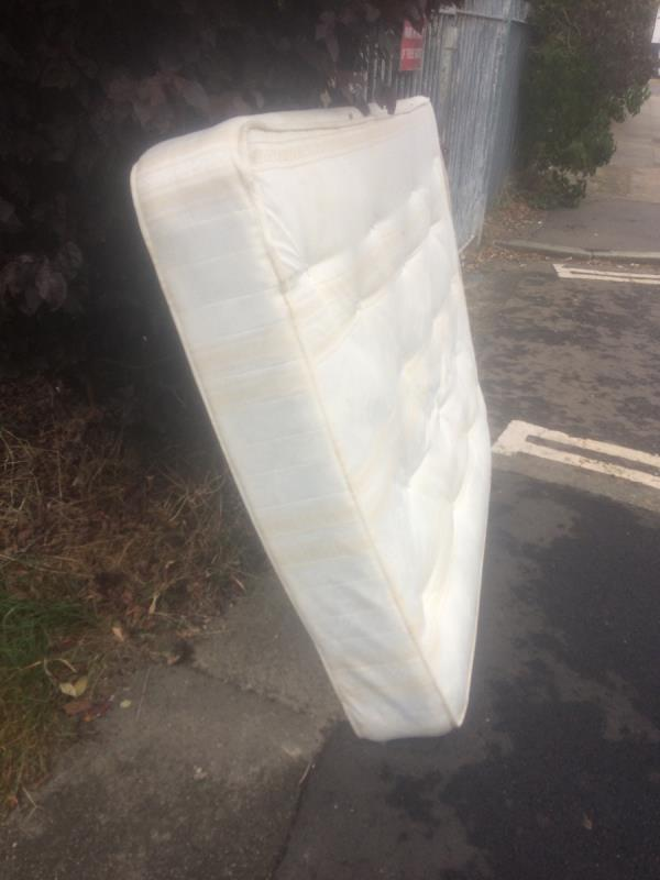 Please clear a double mattress-1 Melfield Gardens, Bellingham, SE6 3DT