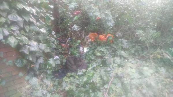 needles and general rubbish near underpass atm-32 Brook Street West, Reading, RG1 6HF