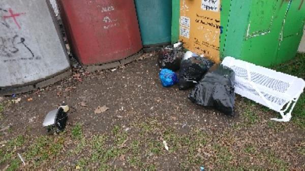 House old waste removed fly tipping on going at this site large amount removed image 2-15 Tuxford Mews, Reading, RG30 2NW