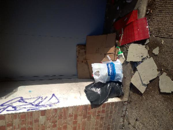 cable cutungs, decoating waste, boxs-6 Raymond Road, London, E13 0SW