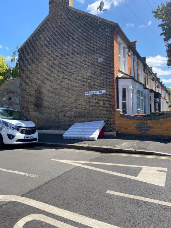 Mattress-9 Frinton Road, Plaistow, E6 3EZ