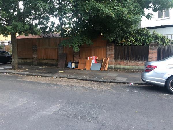 Furniture -124 Gunnersbury Lane, Acton, W3 9BA