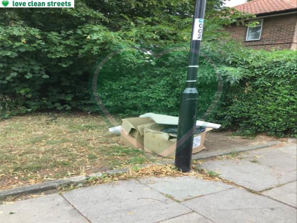 Please clear flytip-4 Shroffold Road, London, BR1 5PE