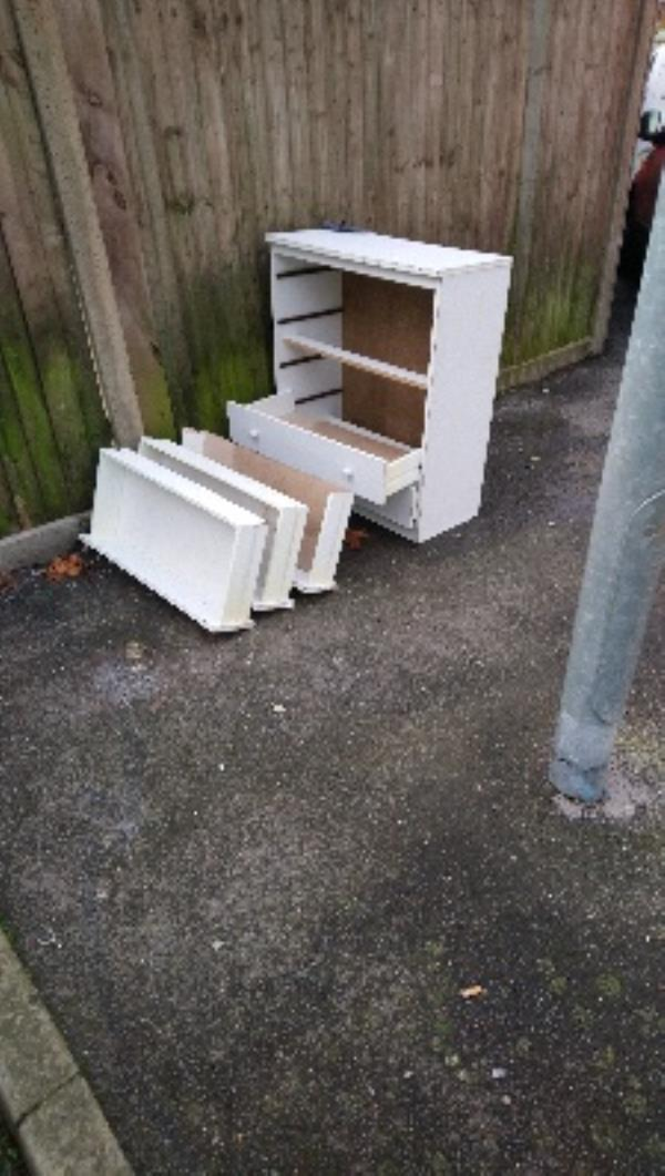 Fly tipping cleared -443 Basingstoke Road, Reading, RG2 0JF
