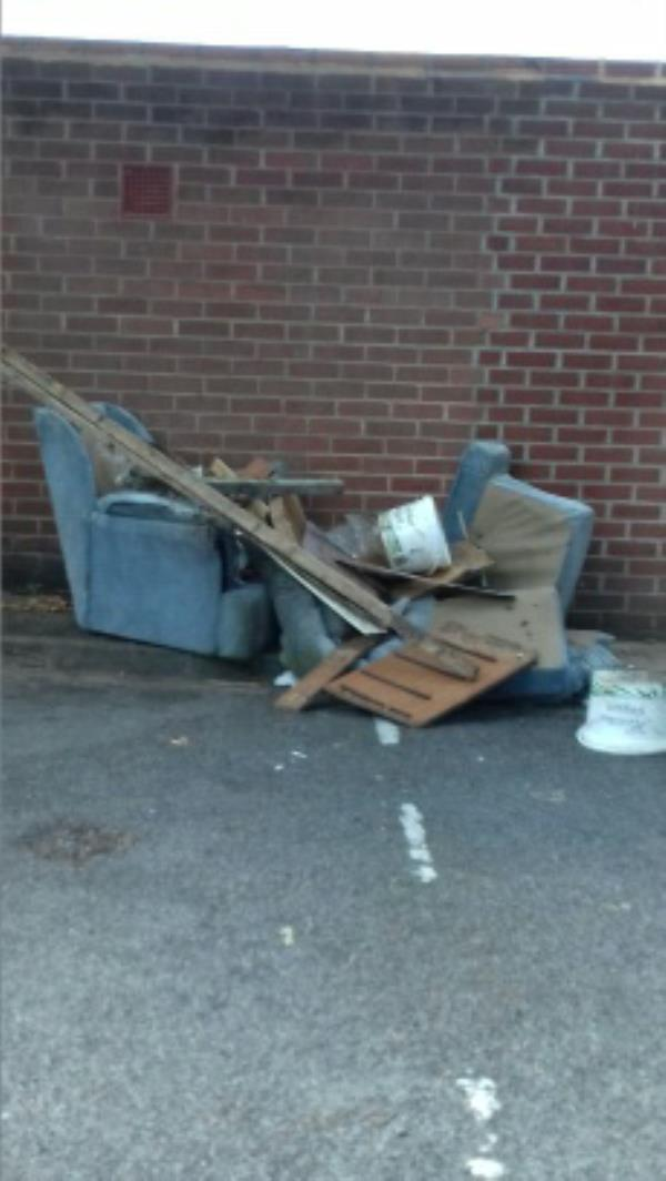 rubbish  in council garage  area-14 Cholmeley Place, Reading, RG1 3NH