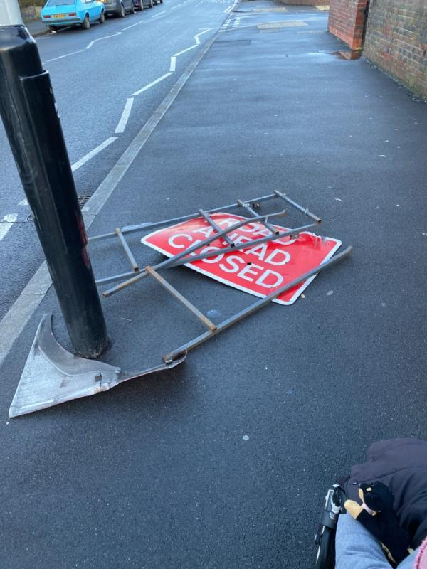 Blocking path and sharp -49 Dames Road, London, E7 0HH