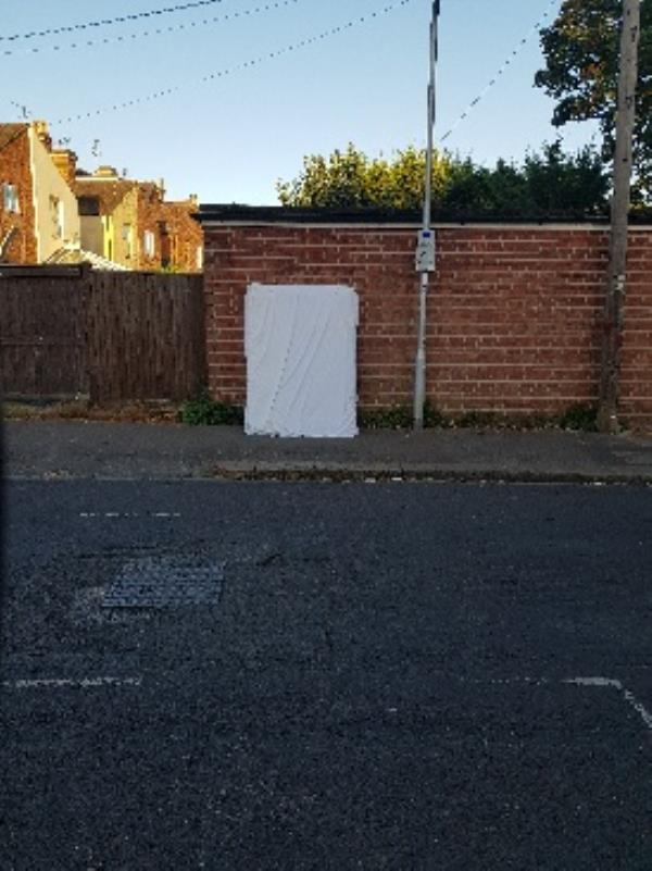 flytipping mattress -97 Kensington Road, Reading, RG30 2TD