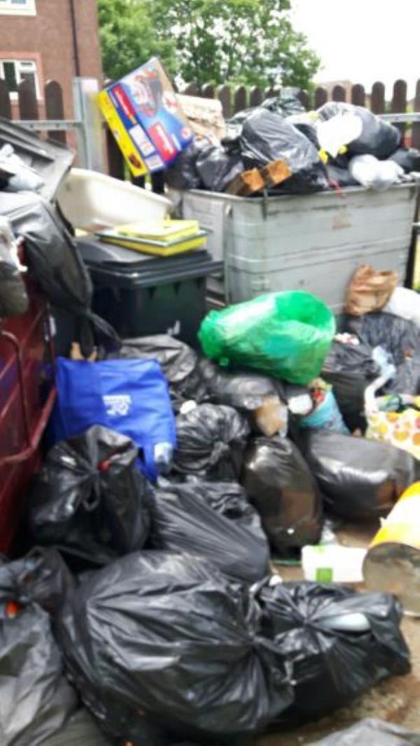 all blocks Lulworth excess waste code c3579-34 Lulworth Road, Reading, RG2 8LX