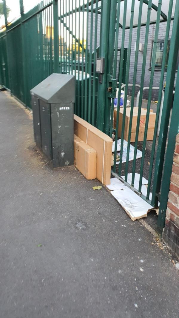 boxes-81 Earlham Grove, London, E7 9AN