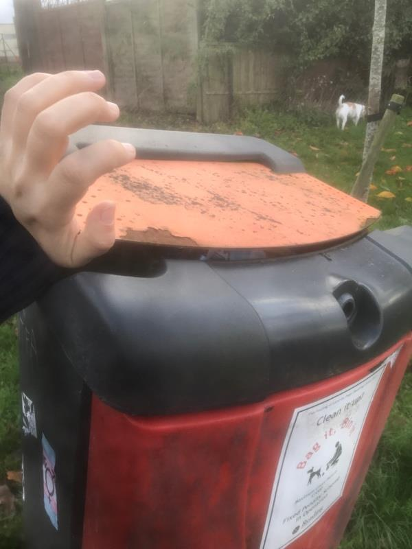 Poo bin jammed with rubbish and won't open.-188 Kennet Walk, Reading, RG1 3HG