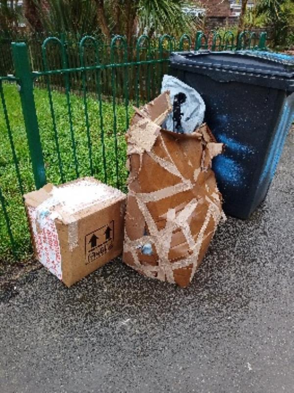 fly tipping front of 20-30 Gainsborough road-14 Gainsborough Road, Reading, RG30 3BY