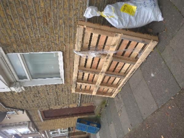 wood pallet-30 St George's Road, London, E7 8HY