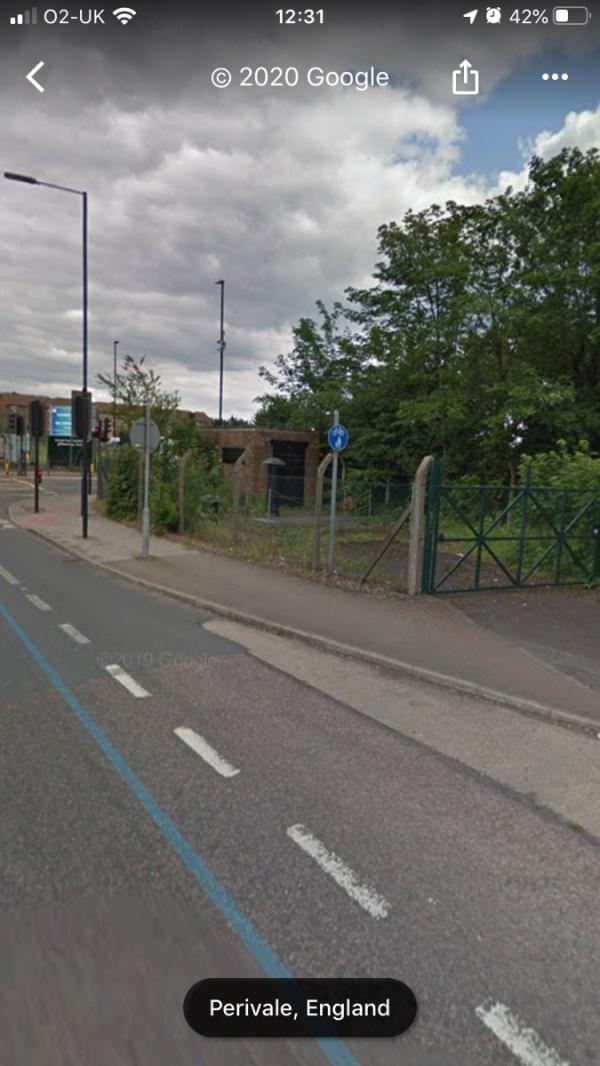 Felt pen tags are located on a green gate (pillar) on the A40 Western Avenue slip road junction Argyle Road Ub6 -29 Wyresdale Cres, Perivale, Greenford UB6 8TQ, UK