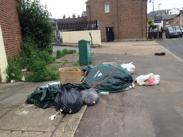 Rubbish on upper crown at-12 Upper Crown Street, Reading, RG1 2SS