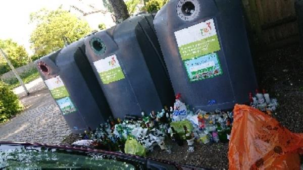 bottle banks need to be emptied -13 Kidmore End Rd, Reading RG4 8SG, UK