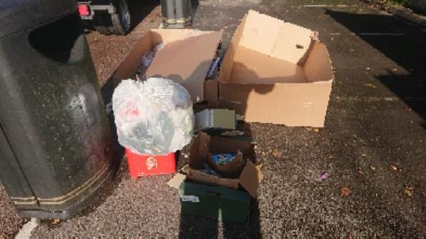 House old waste removed fly tipping -76 Broad St, Reading RG1 2AP, UK