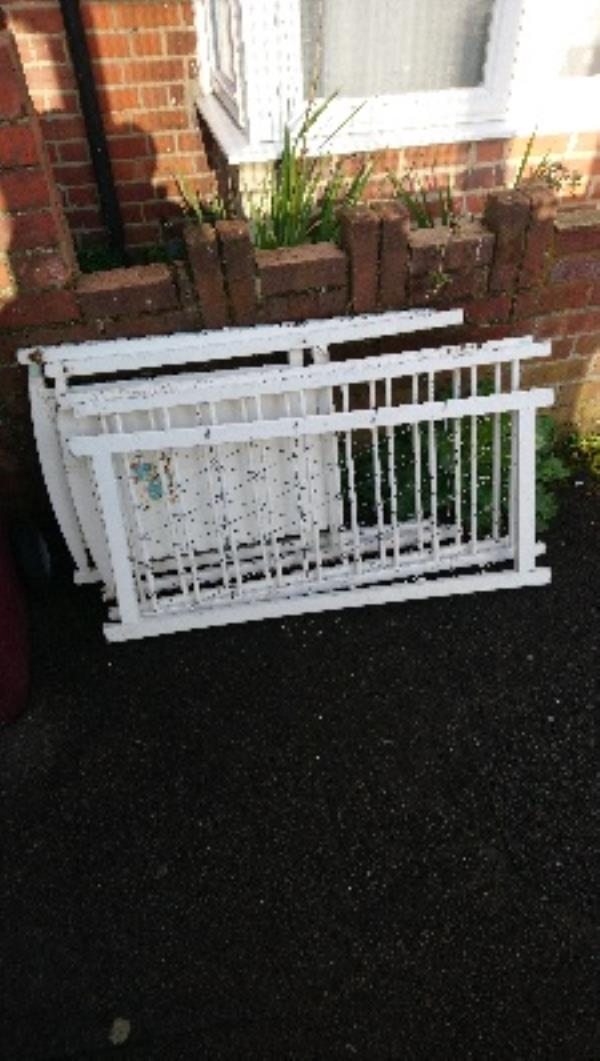 Fly tipping cleared -87 Pitcroft Avenue, Reading, RG6 1NN