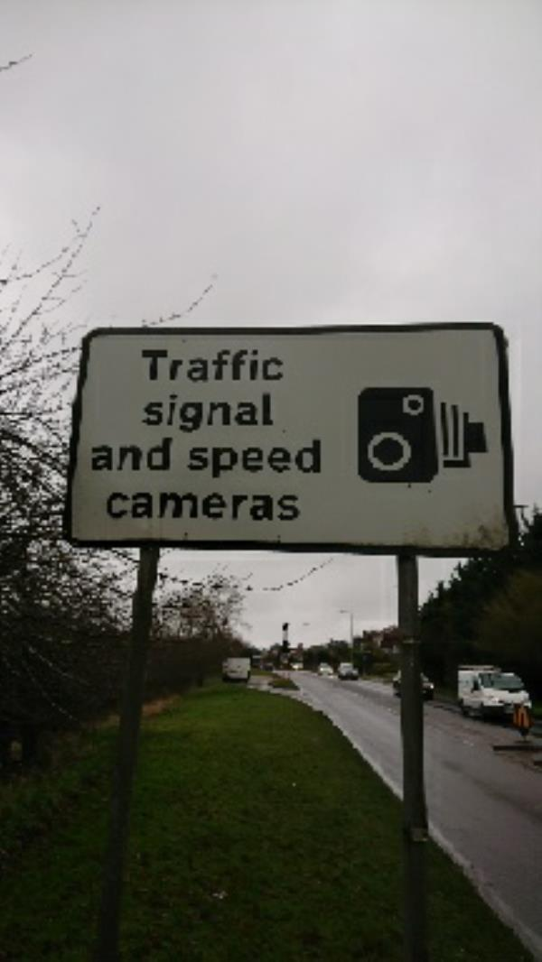 Wash traffic sign-310 Henley Road, Reading, RG4 6LS