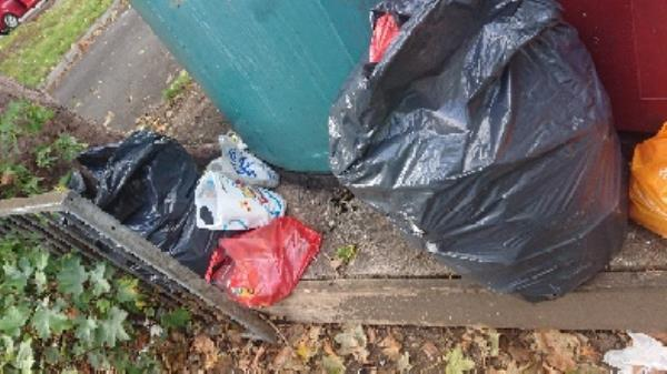 House hold waste removed fly tipping on going at this site -129 Cranbury Road, Reading, RG30 2TD