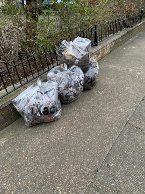 Cancel back for collection Next to Forest point on Windsor Road-Forest Point Windsor Road, London, E7 0QS