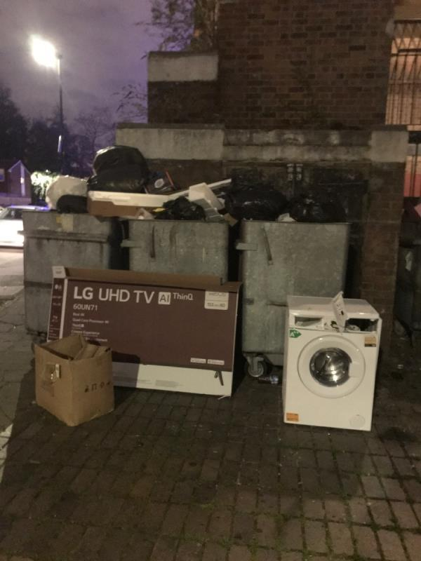 Washing machine and boxes-28 Lawrence Street, Canning Town, E16 1HG