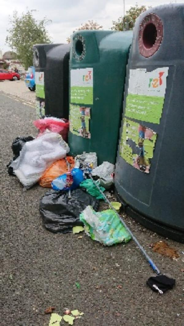 house old waste removedl fly tipping -27 Whitley Street, Reading, RG2 0EG