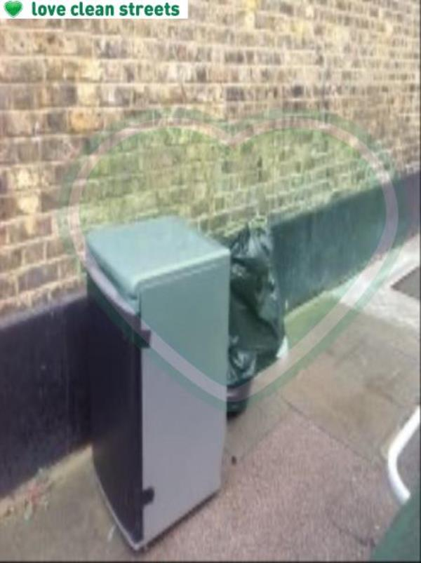 kezia Street please clear a  fridge-161 Trundley's Rd, London SE8 5JQ, UK