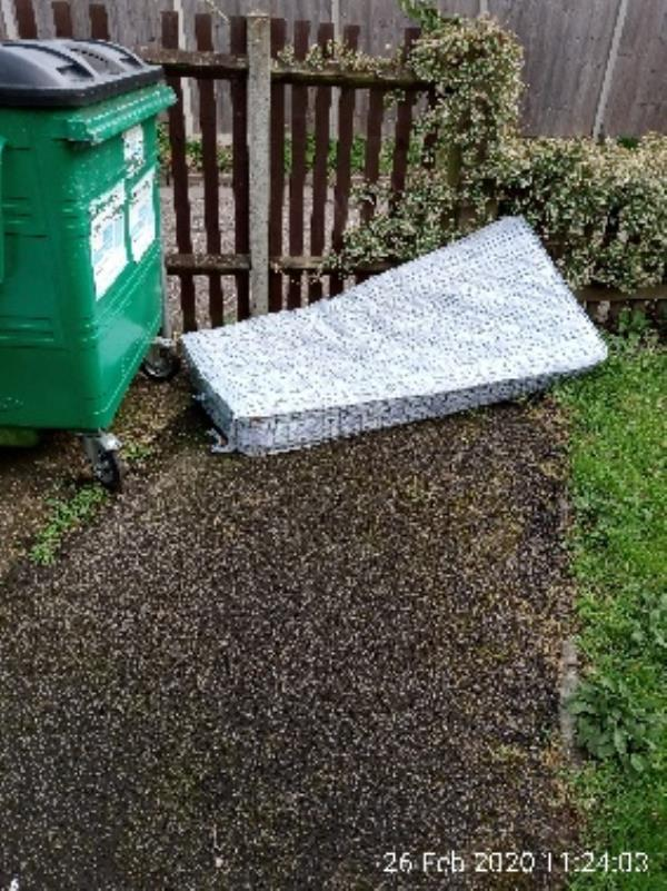 Please can the mattress and pushchair be collected from bin area of 61_67 Stanhope road-4 Cornwood Gardens, Reading, RG2 7LE