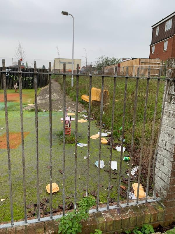 Lots of litter in the closed Avon Place play park -30 Lock Place, Reading, RG1 3HG