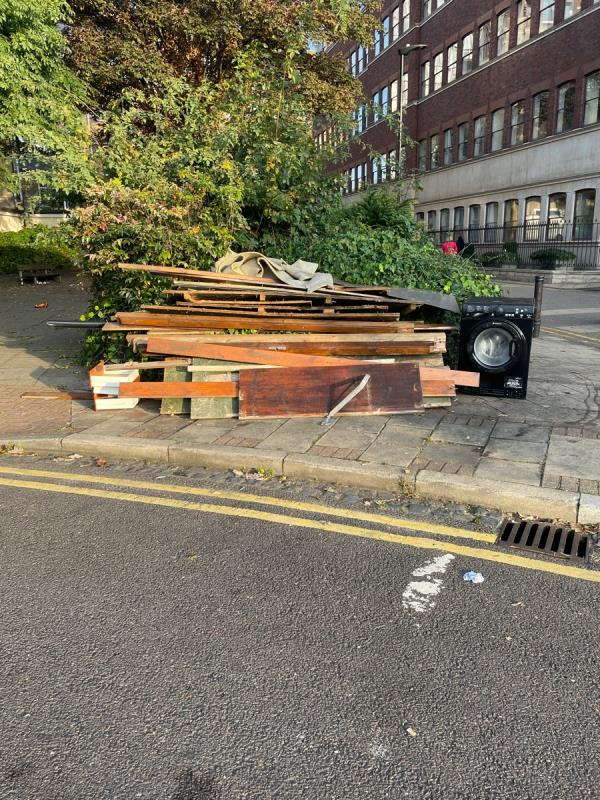 Fly tipping near to the rear of NatWest in Stratford Broadway.-1 Chant Square, London E15 4RT, UK