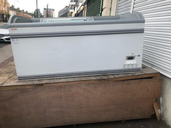 Bulky waste not collected for the past 4 days  image 1-713a Romford Road, Manor Park, E12 5AW