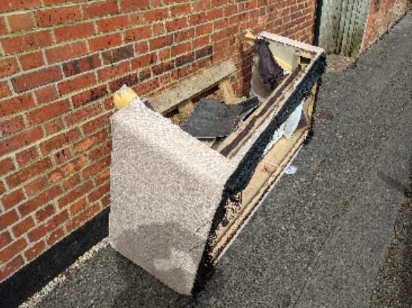 Bed base dumped on corner of Mount Street and Collins Street -36 Collis Street, Reading, RG2 0AE