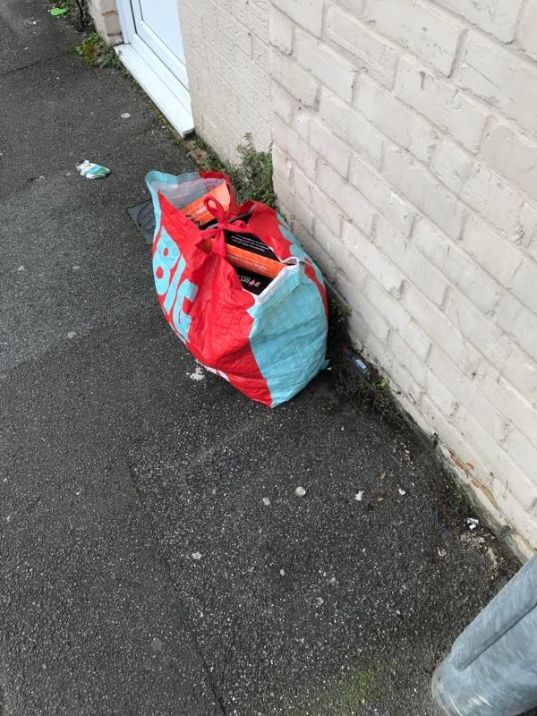 Rubbish on street-2a Prospect Street, Reading, RG1 7YG