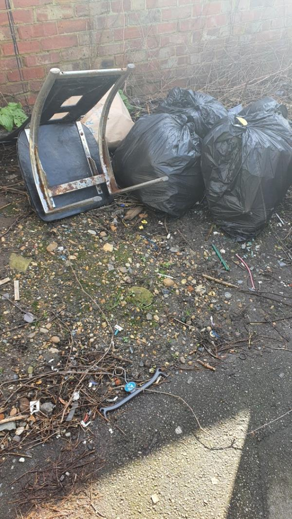 rubbish bags-182 Hollybush Street, London, E13 9EB