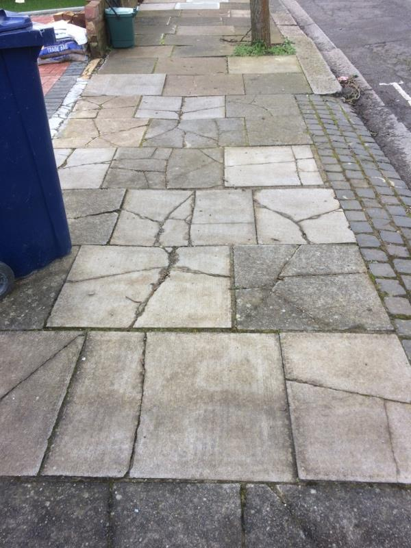 Cracked/sunken paving slabs – Originally reported 7 May but still outstanding. Original job code 181 1420.-62 Beaufort Road, Ealing, W5 3EA